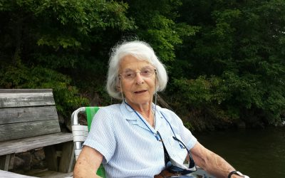 """Liane Brauch """"Lee"""" Russell (August 27, 1923 – July 20, 2019)"""